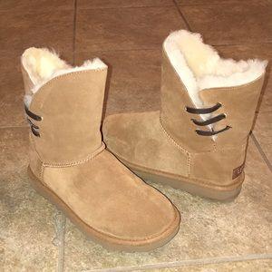 UGG australia classic short boots sz 6
